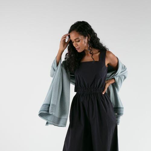 Cobweb blue/grey cashmere blanket
