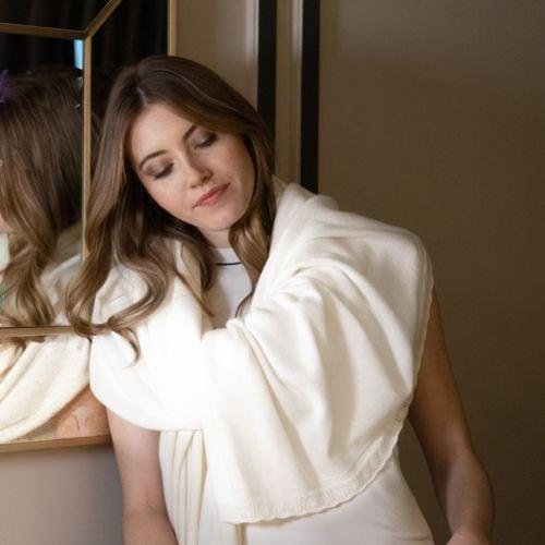 Cristal White Cashmere Wrap