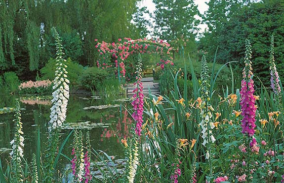 RHS Gardens of Normandy Tour/Brightwater Holidays