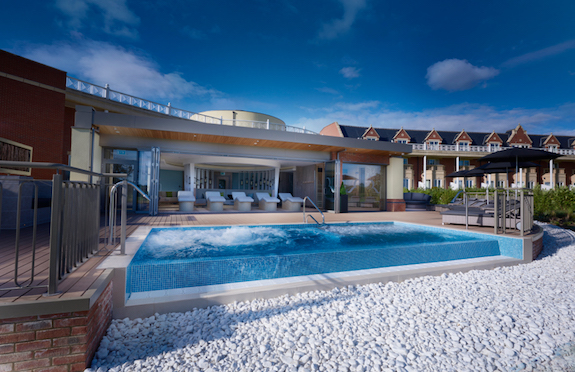Rockcliffe Hall spa garden/spabreaks.com