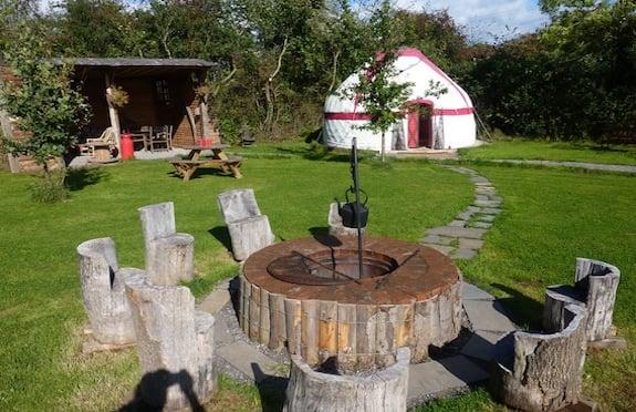 Attractive Somerset Garden Yurt, Somerset