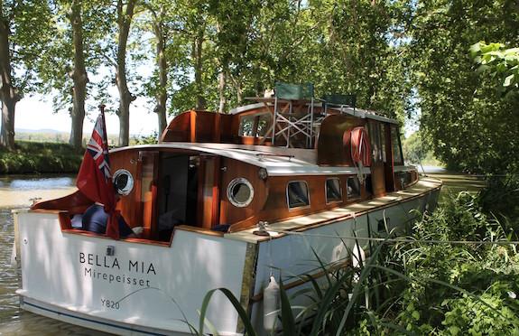 Bella Mia, France, Canopy & Stars