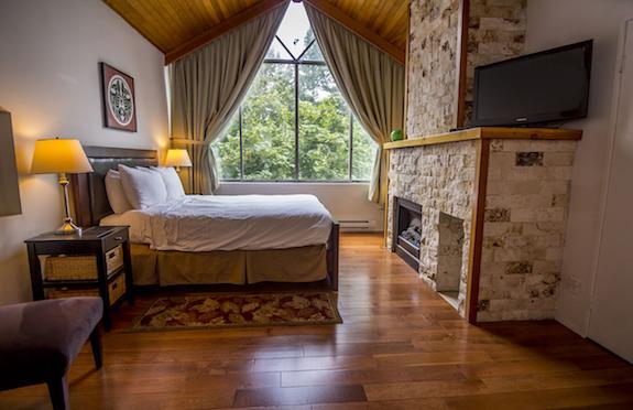 Rainbow Lodge, Whistler