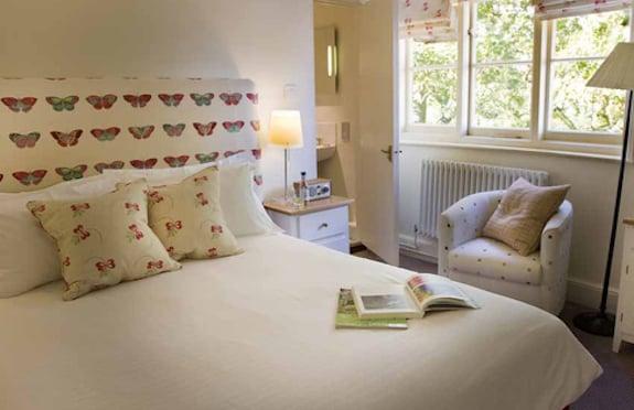 Bedroom, The Crown & Castle, Suffolk