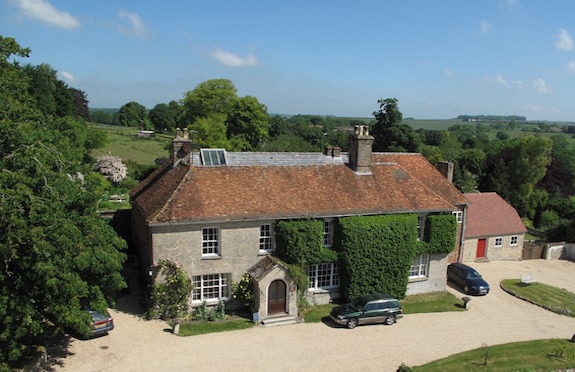 Manor Farm, Marlborough