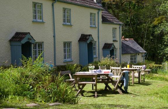Coastguard Cottage, N Devon, National Trust
