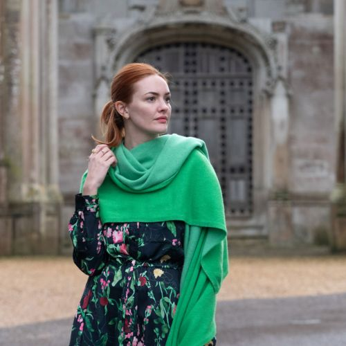 Green cashmere travel blanket
