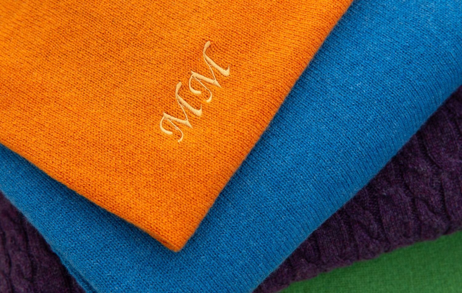 Your Guide To Luxury Cashmere Gifts Image